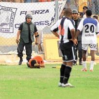 photoblog_sullana_AL_arbitro_ali2