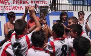 Tosiria campeon