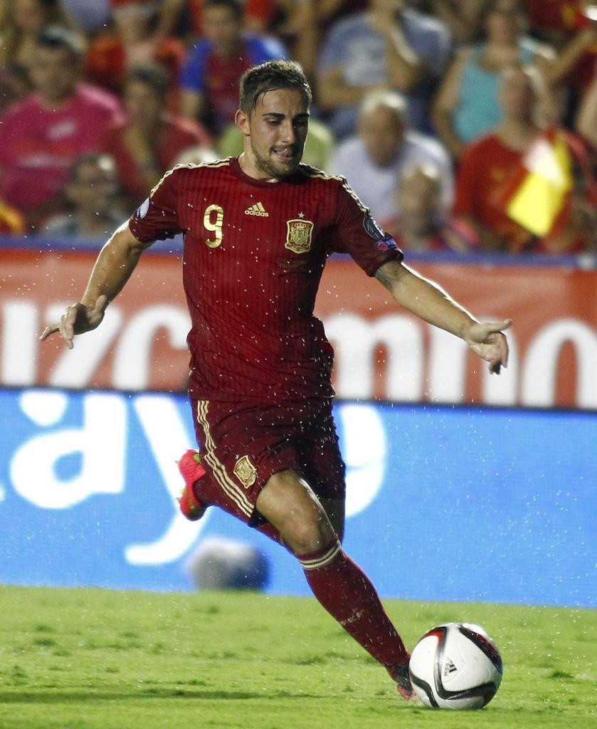 Paco Alcácer, jugador del Valencia y delantero de la Selección Española