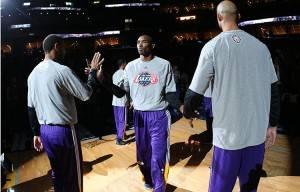 Marc y los Grizzlies hunden a Kobe y los Lakers (2)