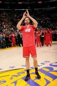 Los Lakers homenajean a Pau y los Bulls tiran el partido (2)