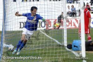 Foto: Tony Fotos/Linares Deportivo