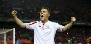 Gameiro celebración penalti Sevilla Athletic Marca