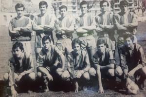 7 con el equipo juvenil (2)