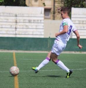 Andoni luce el brazalete de capitán en el Real Jaén CF